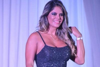 Simone Villar se suma a El Resumen