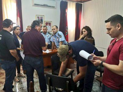 Detienen a 17 policías por brindar supuesta cobertura a estructura criminal
