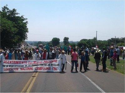 Movilización campesina con cierres de ruta y sin actos de violencia