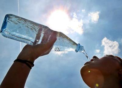 Medidas para evitar golpes de calor y deshidratación