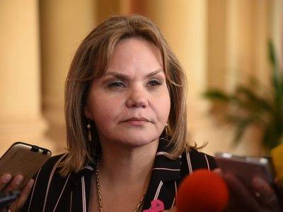 Juicio político a Mario Abdo no tiene fuerza, dice Lilian Samaniego