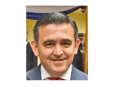 Fiscalía indagará a cinco ministros por mentir a la Contraloría General