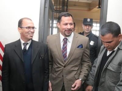 De lo único que lo pueden acusar es de 'empobrecimiento ilícito', dice Ulises Quintana