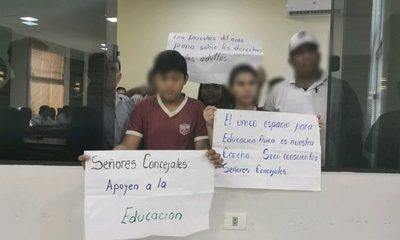 Disputa entre vecinos y comunidad educativa por espacio público en Franco