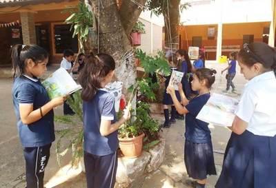 Escuela luqueña apuesta a la creatividad para fomentar la lectura y dejar de lado el celular •