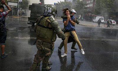 """Protestas en Chile: el gobierno reconoció situaciones que """"parecen ser violaciones a los derechos humanos"""""""