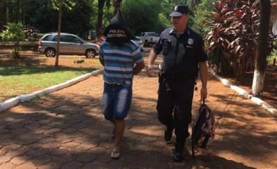 Agente policial detenido por circular con vehículo robado en el Brasil