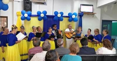 Celebran 13 años del hospital del IPS de Luque •