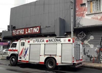 Controlan principio de incendio en el Teatro Latino