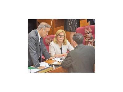 Senado también aprueba el blanqueo a Miguel Cuevas