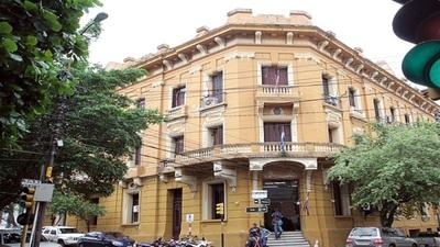 Hoy remitirían pedido de intervención del Municipio de Lambaré a Diputados