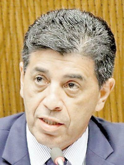 Los ministros deben aclarar, dice Víctor Ríos