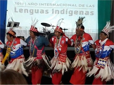 Alertan de amenazas que se ciernen sobre las lenguas indígenas de Paraguay