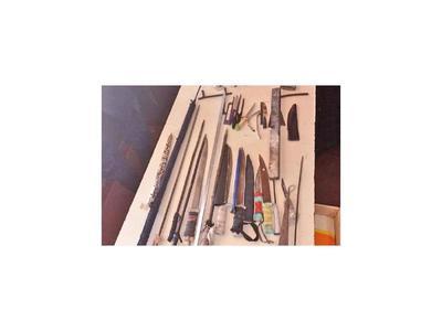 Incautan estoques caseros, cuchillos, lanzas y hasta chicha del penal de Pedro Juan