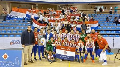 Selección paraguaya golea y es finalista