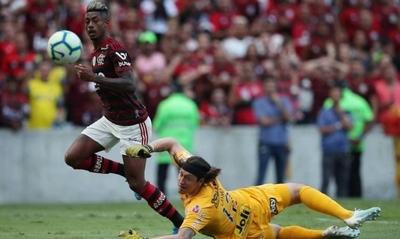 HOY / Flamengo vapulea al Corinthians con tres goles de Bruno Henrique