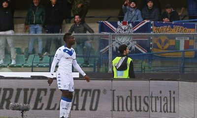 Balotelli víctima de racismo en Italia