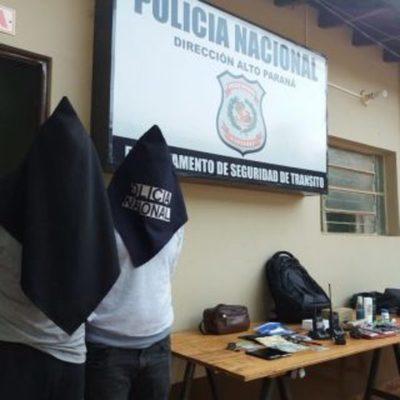 Chilenos detenidos con dispositivos para desbloquear vehículos, a la cárcel