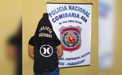 Travesti detenido tras ser denunciado por robo