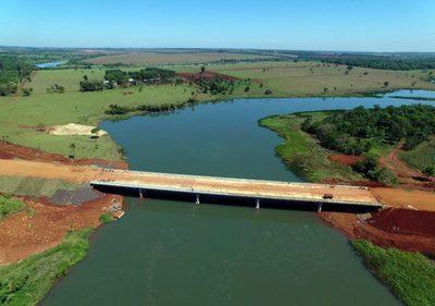 El puente Minga Guazú debe habilitarse en diciembre