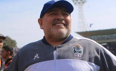 HOY / Maradona deja en off side a su familia con el nuevo destino de su fortuna
