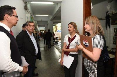 """Denuncia contra intendente no tiene """"objetivos políticos"""", dice concejal lambareño"""