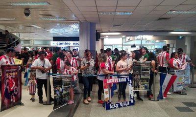 Así fue la bienvenida a los campeones del mundo de futsal