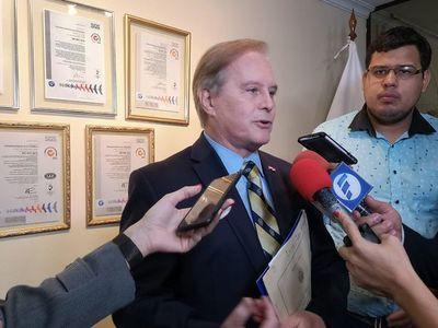 """Durand cuestiona a medios por publicar """"medias verdades"""""""
