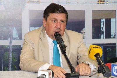 Llano acusa a Alegre por tener en banca rota el Partido Liberal