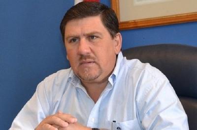 Llano acusa a Alegre de llevar a bancarrota el PLRA