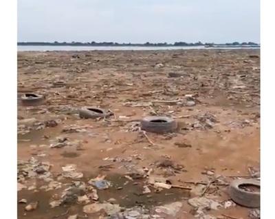 Campaña de jóvenes para limpiar Río Paraguay