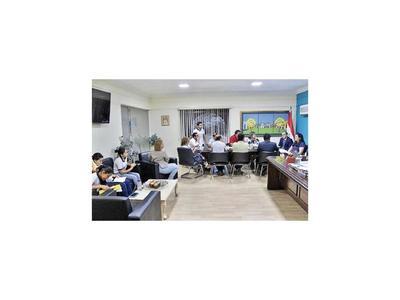 Petta desconoce denuncias en escuelas de Mayor Otaño