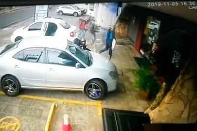 Fernando de la Mora: investigan fatal asalto a local de cobranzas