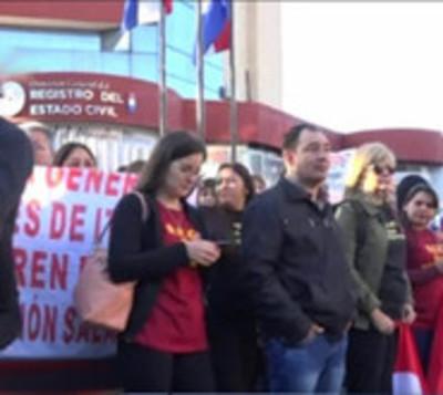 Levantan huelga del Registro Civil