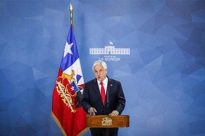 Sebastián Piñera admitió estar dispuesto a reformar la Constitución de Chile