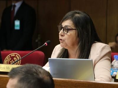 Ley de Adopción: Modificaciones no establecen ideología de género, asegura senadora