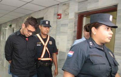 Hallaron muerto en Tacumbú a médico imputado por feminicidio