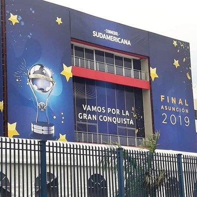 De Santa Fe a Asunción en bici para ver la final de la Copa Sudamericana