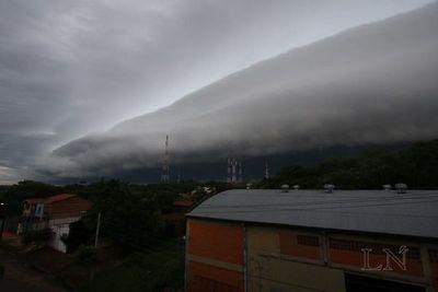 Alerta de lluvias y tormentas para cuatro departamentos