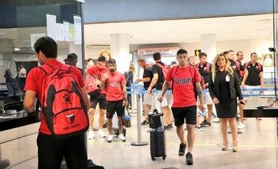 Independiente del Valle y Colón de Santa Fe llegaron a Paraguay