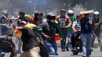 Murió un estudiante y ascienden a tres las víctimas durante protestas en Bolivia
