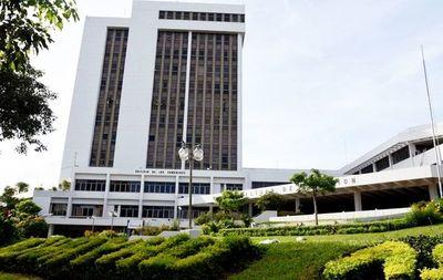 Contraloría ratifica irregularidades en tercerización de cobro de impuestos