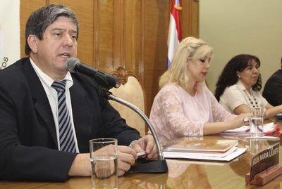 "Ljubetic pide a legisladores que ""sean claros"" sobre si urnas electrónicas se usarán o no"
