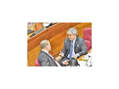 Riera solicita a la  CGR que publique su declaración jurada