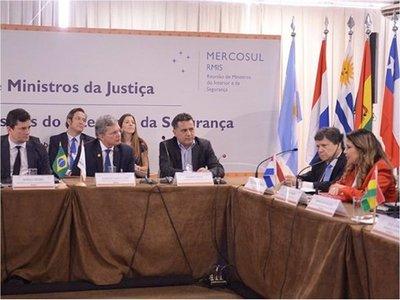 Mercosur: Aprueban proyecto para persecución policial