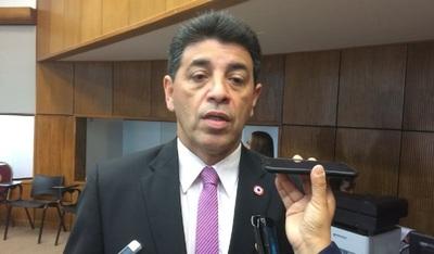 Víctor Ríos reconoce que el PLRA está en quiebra.