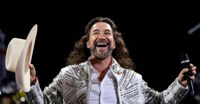 Fans agotan el sector 'alfombra roja' para el concierto de Marco Antonio Solís en Paraguay