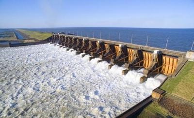 HOY / Parlasur insta a la Argentina a respetar tratado y dejar de vender energía al Brasil