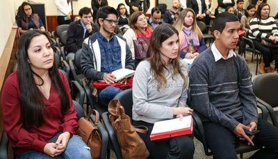 BID contribuirá al fortalecimiento del Programa Nacional de Becas de Posgrado