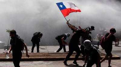 Chile cumple tres semanas de protestas con nuevas marchas e incidentes